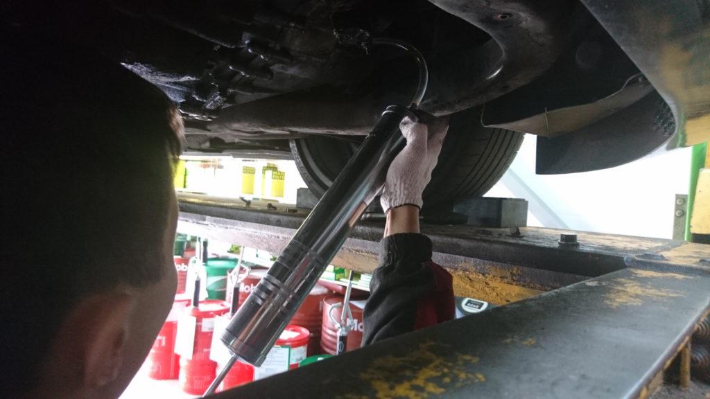Замена масла в коробке транспортер амортизаторы на транспортер