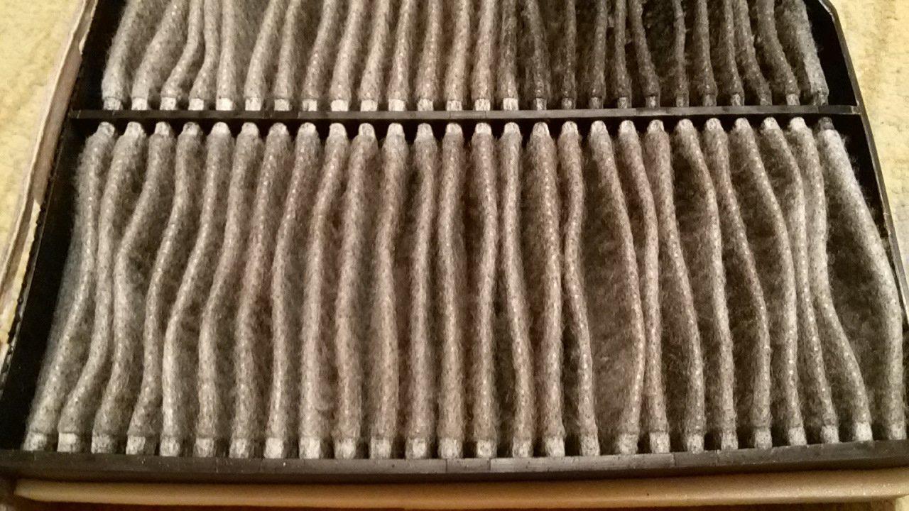 Салонный фильтр на замену