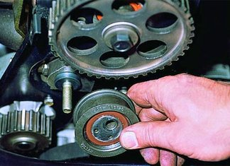 Замена роликов ГРМ на автомобиле ВАЗ 2109
