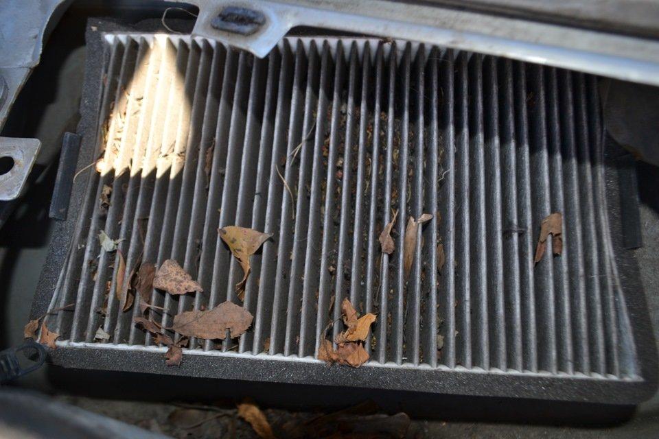 Забитый салонный фильтр Киа