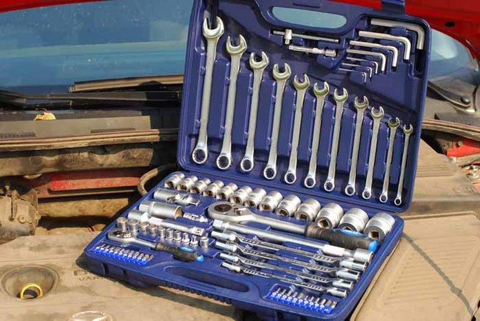 Инструменты для замены ремня ГРМ на Тайоте Пассо